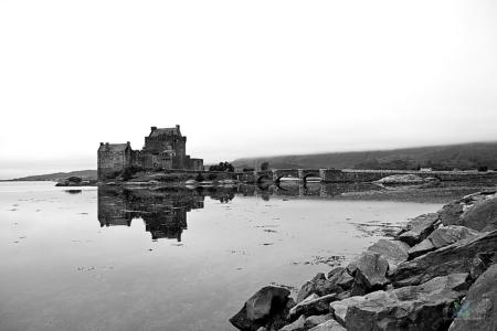 2012_08_04_7884-hrad_Eilean_Donan-cb